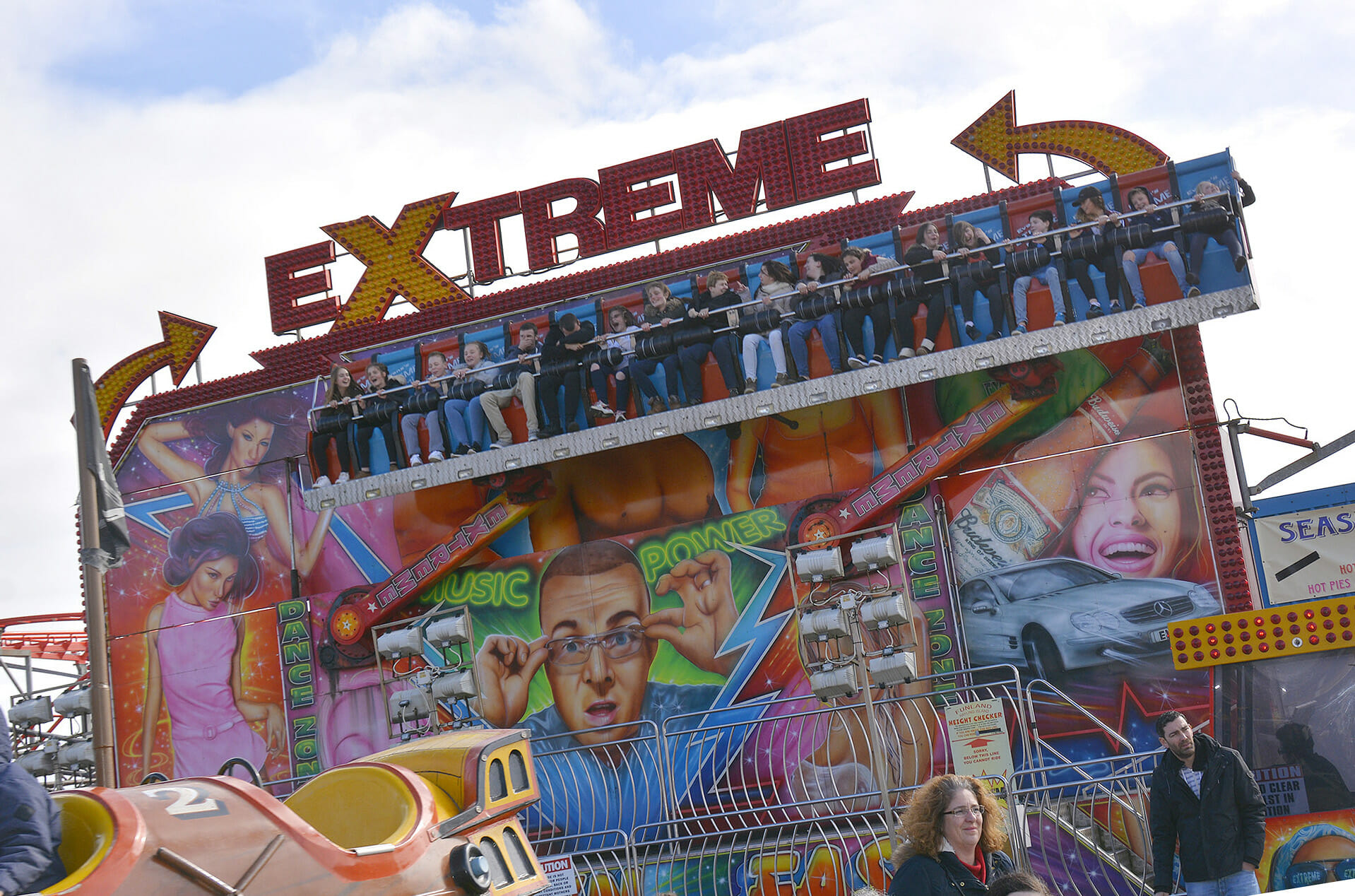 Extreme Fairground ride